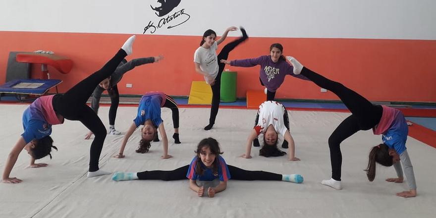 Cimnastik antrenmanları başladı