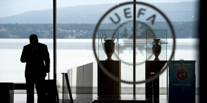 UEFA'dan üç büyük kulübe soruşturma