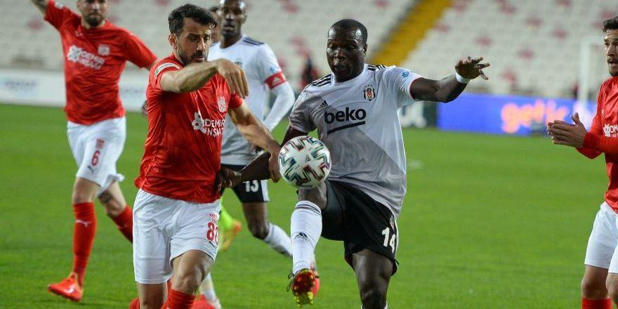 Lider Beşiktaş'ta kayıplar sürüyor: 0-0