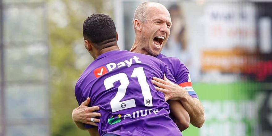 Robben gözyaşlarını tutamadı