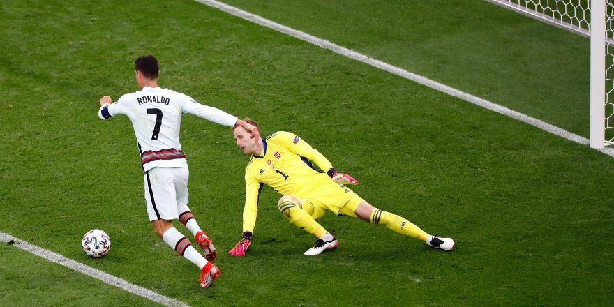 Ronaldo coştu, Portekiz farklı kazandı
