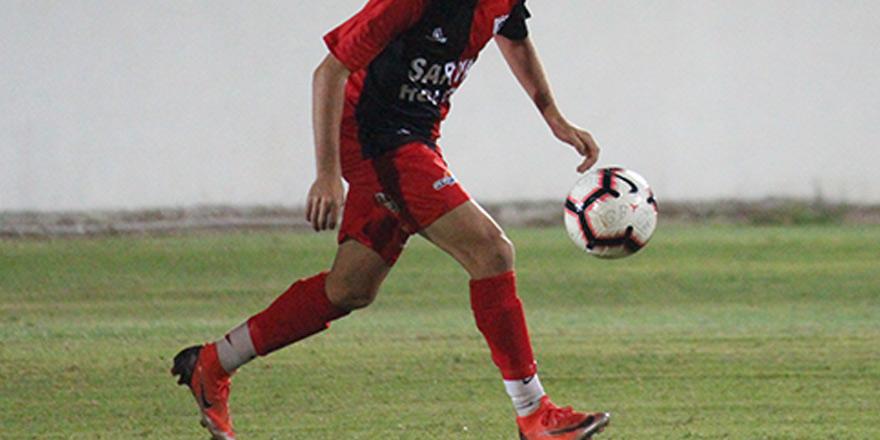 Gençler Birliği'nde 3 futbolcu satış listesinde