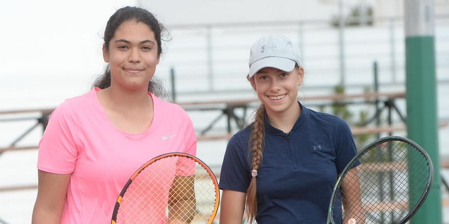 Teniste performans tur devam ediyor