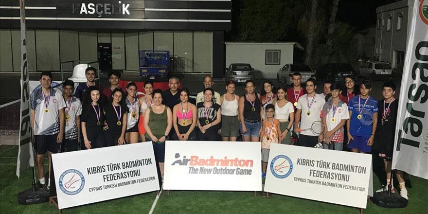 Badmintonda 25. yıl etkinlikleri sürüyor