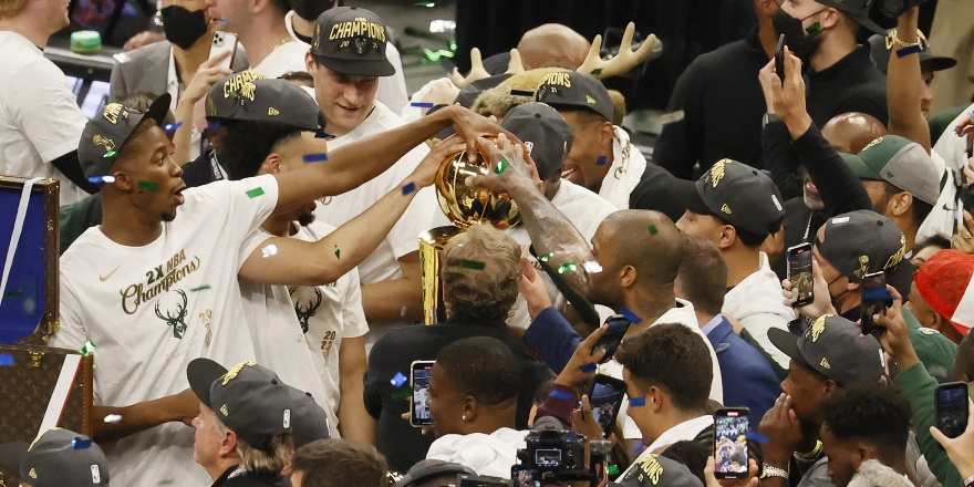 NBA'de şampiyon Bucks