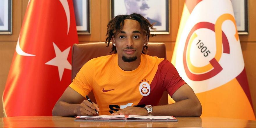 Galatasaray'da Boey imzaladı