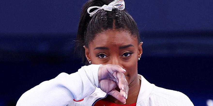 Simon Biles olimpiyatlardan çekildi