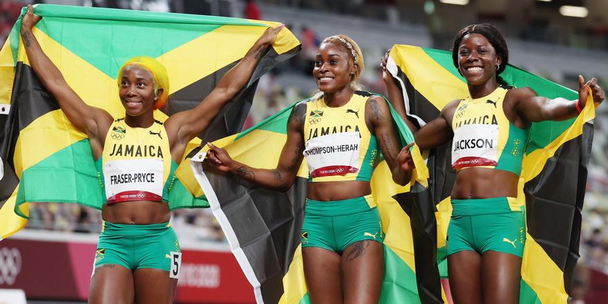 Kadınlar 100 metreye Jamaika damgası