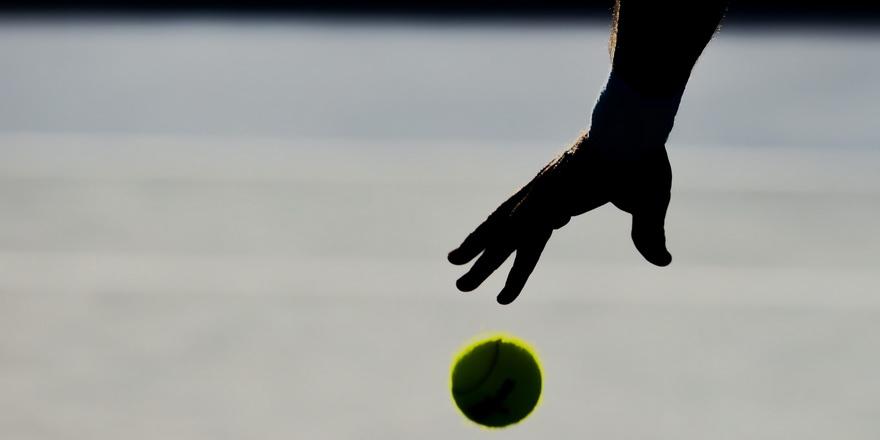 Teniste her yaştan raketler kortlara çıkıyor