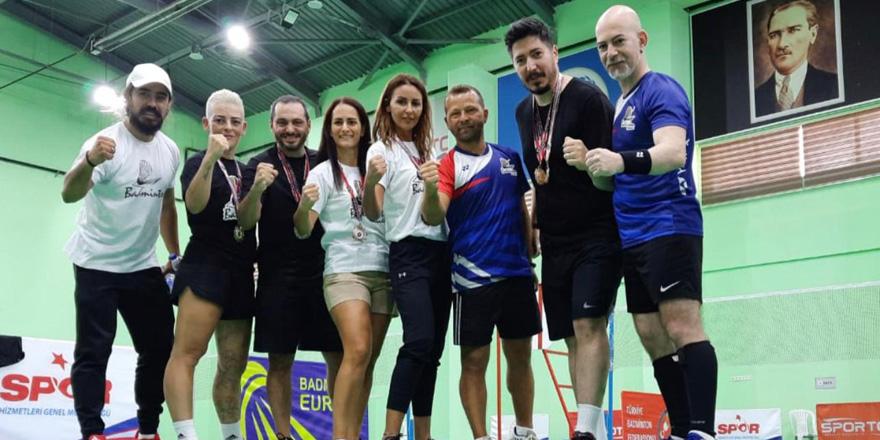 Badmintoncularımızdan Türkiye'de büyük başarı