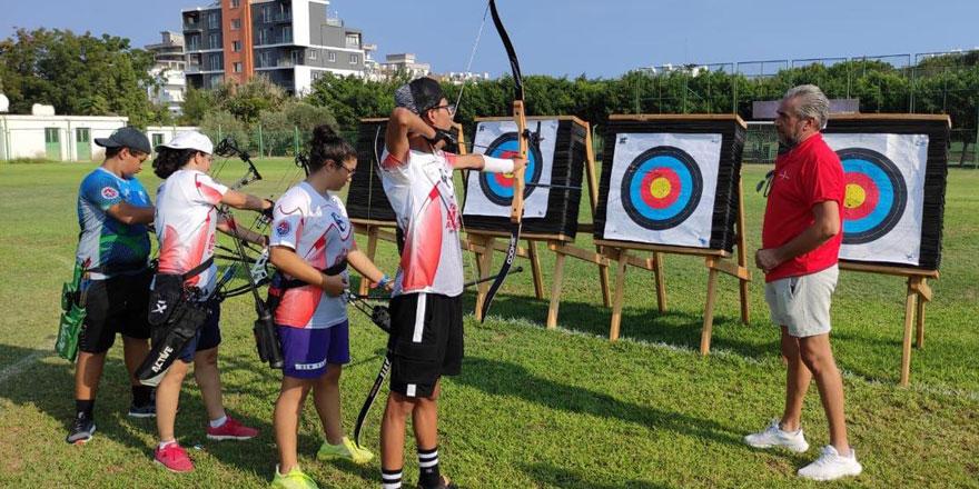 Akdeniz Spor Birliği Okçuluk Takımı Girne'de kamp yapıyor