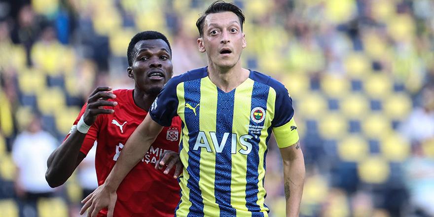 Fenerbahçe'den ilk kayıp