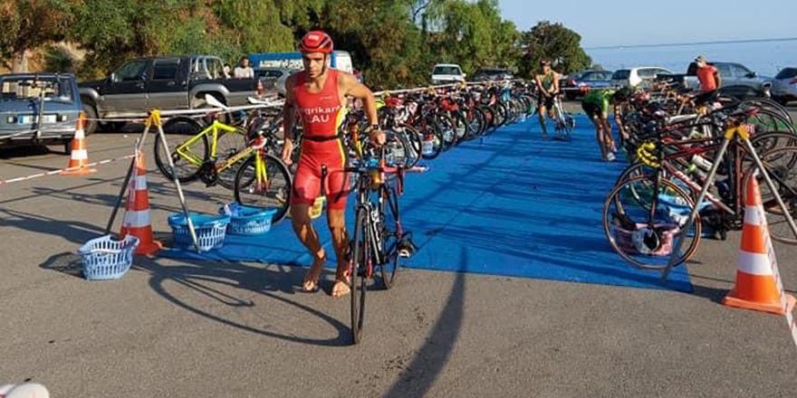 Triatletler sezon finali yapıyor