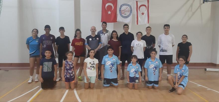 Badminton Federasyonu'ndan antrenör kadrosuna takviye