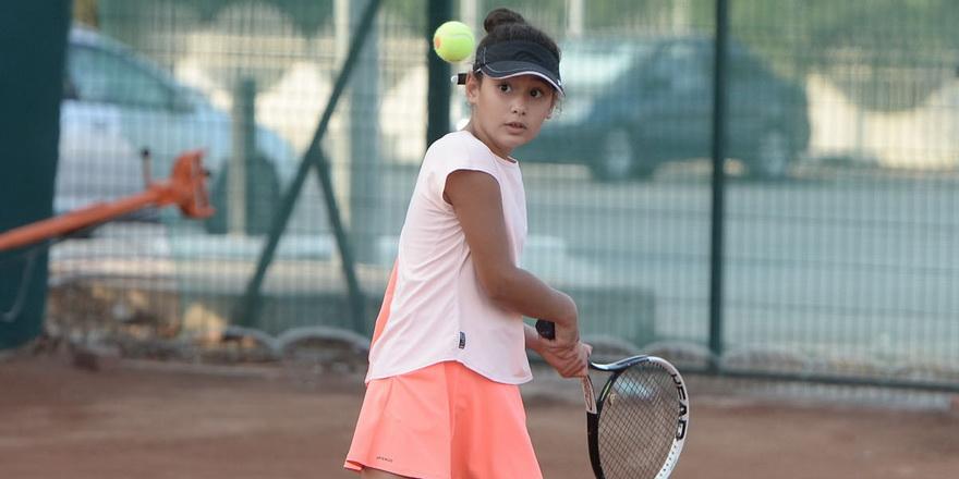 Teniste heyecan devam ediyor