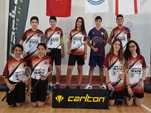 Badmintonun yıldızı YDÜ