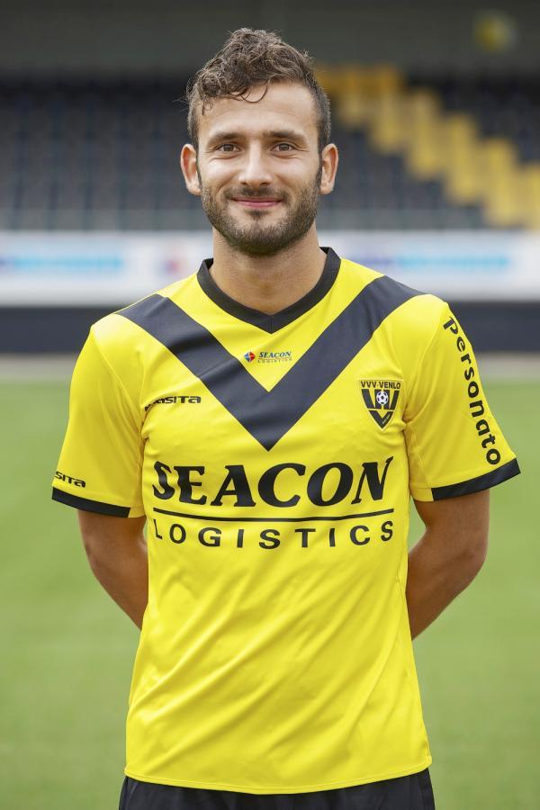 Kariyerli futbolcu Kıbrıs'a geliyor