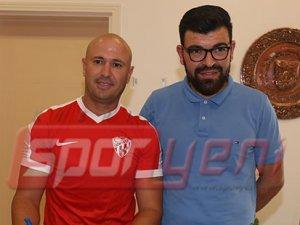 Gönyeli'de Sabri imzaladı