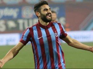 Mehmet Ekici imza aşamasında