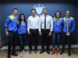 Bisikletçilerden Cahitoğlu'na ziyaret